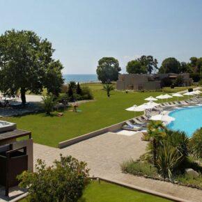 Griechenland: 6 Tage im tollen 5* Hotel mit Halbpension, Massage, Wellness & Flug nur 286€