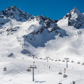 Ab auf die Piste: 3 Tage übers Wochenende nach Tirol ins 3* Hotel inkl. Halbpension & Skipass nur 149€