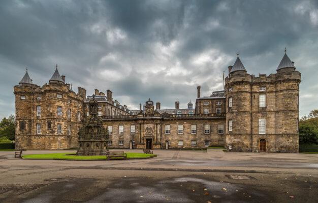 Schottland Edinburgh Holyrood House