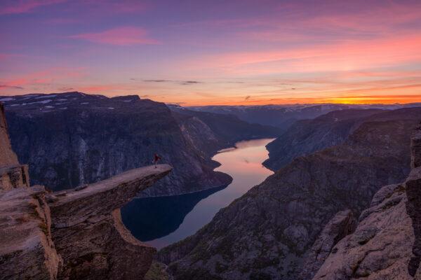 Norwegen Trolltunga Sonnenaufgang