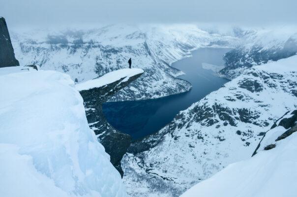 Norwegen Trolltunga Winter