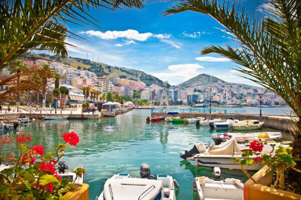 Albanien Saranda Hafen