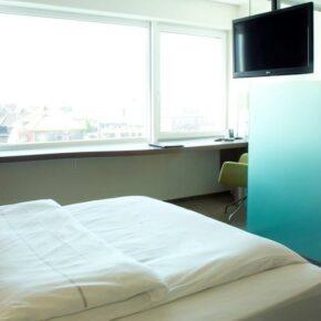 Kurztrip Bremerhaven: 2 Tage im TOP 4* Hotel mit Frühstück, Sauna & Eintritt in das Klimahaus® ab 79€