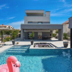 Kroatien 2021: 8 Tage Zadar in eigener Villa mit Whirlpool für 414€ p.P.