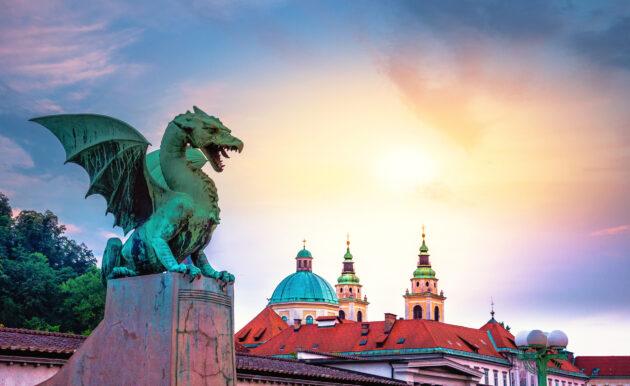 Slowenien Ljubljana Drachenbruecke