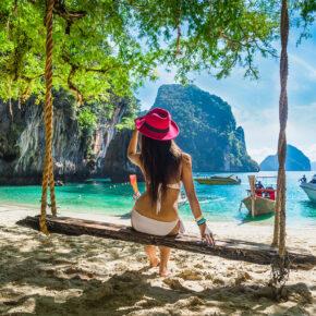 Thailand 2021: 14 Tage im TOP 4* AWARD Hotel mit Frühstück, Flug, Transfer & Zug für 896€
