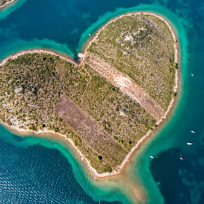 Herzinsel Galesnjak: Eine ganz besondere Insel der Liebenden in der kroatischen Adria