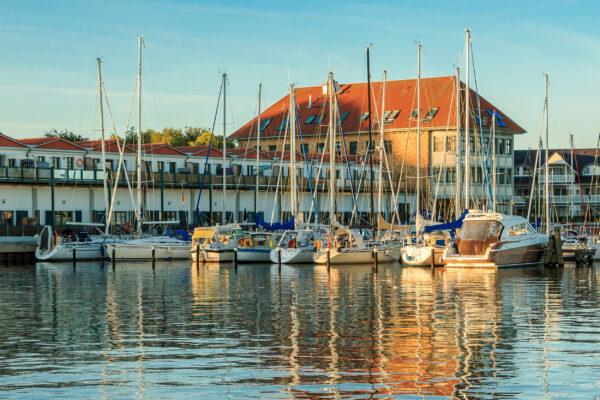 Usedom Urlaub: Karlshagen Hafen