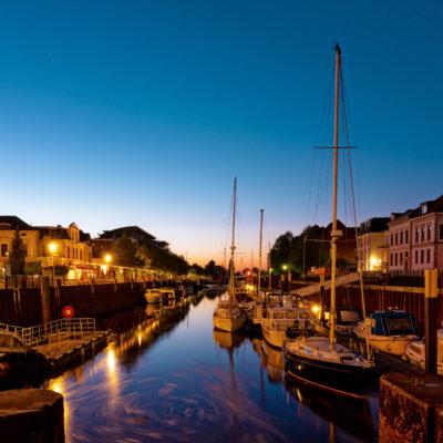 Deutschland Oldenburg Hafen Nacht