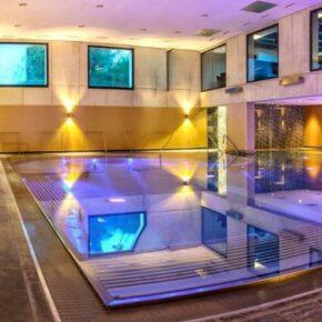 Wellness-Romantik: 3 Tage in Tirol im 4* Kuschelhotel mit Halbpension & Spa ab 149€