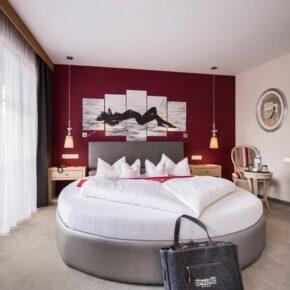 Liebesauszeit: 3 Tage in Tirol in TOP 4* Suite mit Frühstück, Wellness & vielen Extras nur 134€