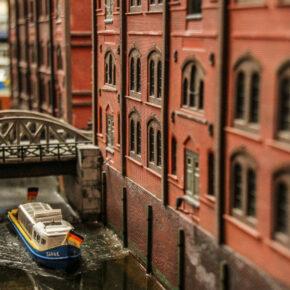 Miniatur Wunderland in Hamburg: 2 Tage mit Premium Hotel nach Wahl, Frühstück & Eintritt ab 67€