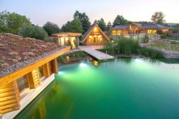 Entspannen in der Obermain Therme: 2 Tage mit 4* Hotel, Frühstück & Tageskarte ab 75€