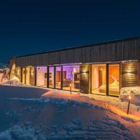 Wellness im eigenen Ferienhaus in Breitenberg: 8 Tage im fancy Erdhaus mit Sauna & Whirlwanne ab 519€ p.P.