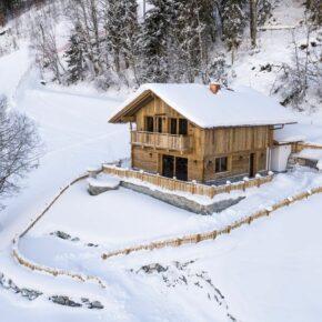 Direkt an der Piste: 8 Tage im Ferienhaus in Österreich mit Sauna & beheiztem Außenpool ab 366€ p.P.