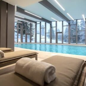Winter in den französischen Alpen: 2 Tage im TOP 4* Hotel mit Halbpension & Wellness ab 80€