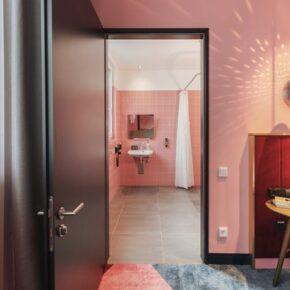 Rosa Traum in München: 2 Tage übers Wochenende im Hotel inkl. Frühstück für 29€