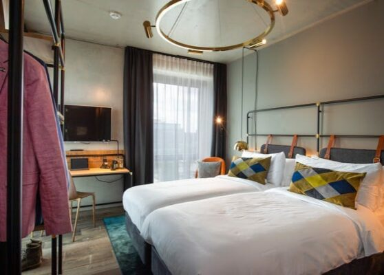 Amsterdam Four Elements Hotel Twin Zimmer