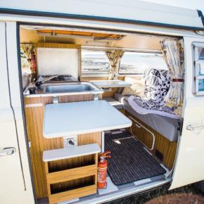 Yescapa Camping Camper VW Westfalia Seitentür