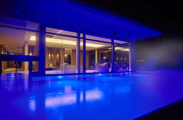 Infinity Pool Hotel Seegarten