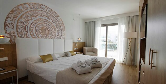 Hotel Rei Del Mediterrani Zimmer