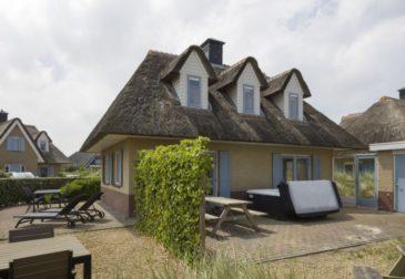 Resort in den Niederlanden: 5 Tage inkl. Villa an der Nordsee mit Jacuzzi & Sauna für 96...