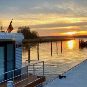 Blick aufs Wasser & in die Natur: 4 Tage übers WE in Hausboot auf Usedom für 187€ p.P.
