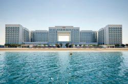 Dubai: 8 Tage im 4* Hotel mit All Inclusive, Flug, Transfer & Zug für 1.135€
