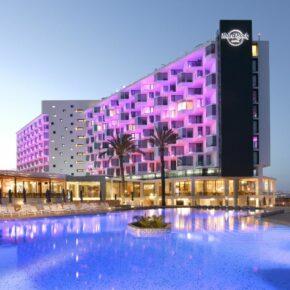 Luxus auf Ibiza: 1 Woche im TOP 5* Hard Rock Hotel inkl. Frühstück, Flug & Transfer für 1.365€