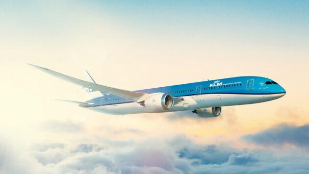 KLM Flugzeug Himmel Sonne
