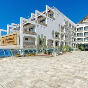 Frühbucher: 7 Tage Gran Canaria im renovierten 4* Hotel mit Halbpension, Flug, Transfer & Zug nur 616€