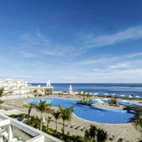 Last Minute Angebot: 7 Tage Fuerteventura im TOP 4.5* Hotel mit Frühstück, Flug, Transfer & Zug für 559€