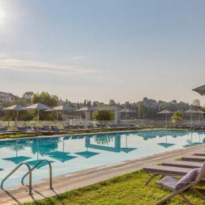 Neues Luxushotel auf Korfu: 6 Tage im TOP 5* Hotel mit Halbpension & Flug nur 604€
