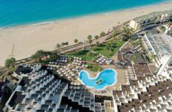 Fuerteventura Traum: 7 Tage im TOP 4.5* TUI BLUE Riu Hotel mit Halbpension, Flug, Transfer &#...