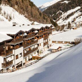 Hotelbild: Almina Family & Spa Außenansicht