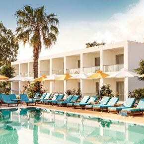 Korfu: 7 Tage in 3* Hotel inkl. Halbpension, Flug & Transfer für 338€