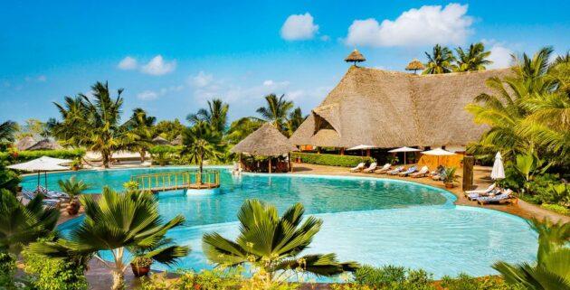 White Paradise Zanzibar Pool