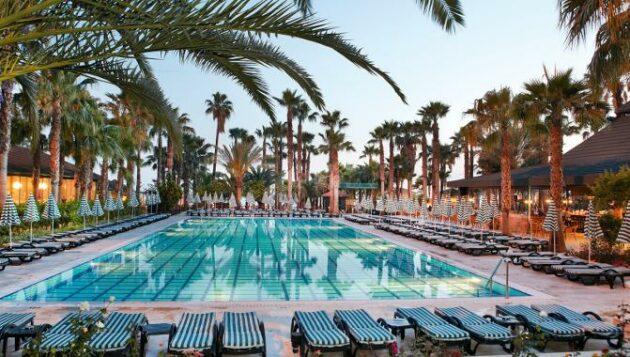 Hotelbild: Hotel Meryan Pool