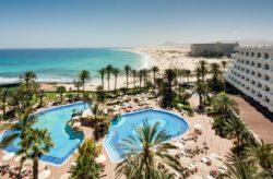 Kanaren: 7 Tage Fuerteventura im TOP 4.5* RIU Resort mit Halbpension, Flug, Transfer & Z...